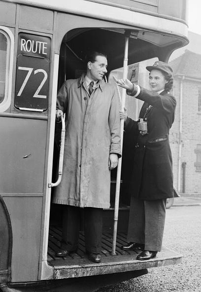 Bus「Bus Conductor」:写真・画像(5)[壁紙.com]