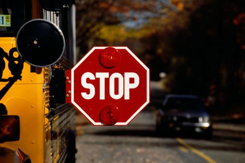 1990-1999「Stop sign on school bus」:スマホ壁紙(12)