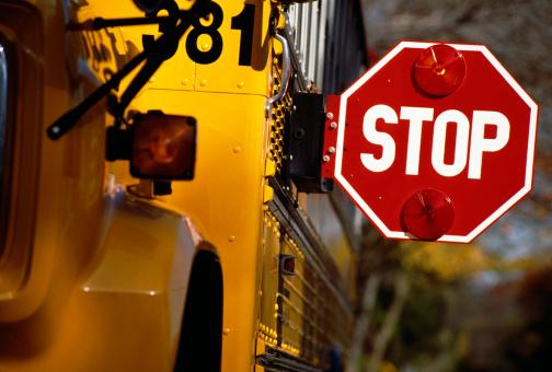 1990-1999「Stop sign on school bus」:スマホ壁紙(4)
