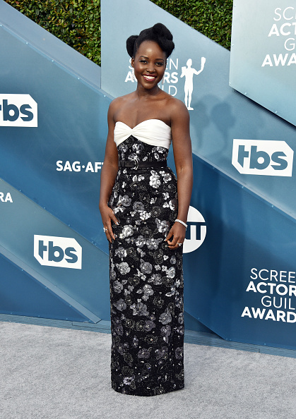 Award「26th Annual Screen Actors Guild Awards - Arrivals」:写真・画像(1)[壁紙.com]
