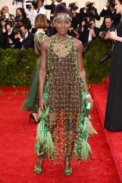 "2014「""Charles James: Beyond Fashion"" Costume Institute Gala - Arrivals」:写真・画像(2)[壁紙.com]"