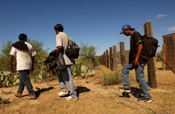 Ranch「Border Patrol BORSTAR Team Searches for Dying Illegal Immigrants」:写真・画像(13)[壁紙.com]