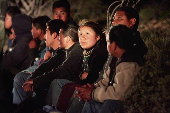 Vigilante「Volunteers Patrol Arizona Border For Illeagal Immigrants」:写真・画像(19)[壁紙.com]