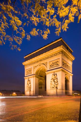 Arc de Triomphe - Paris「Arc de triomphe illuminated」:スマホ壁紙(18)