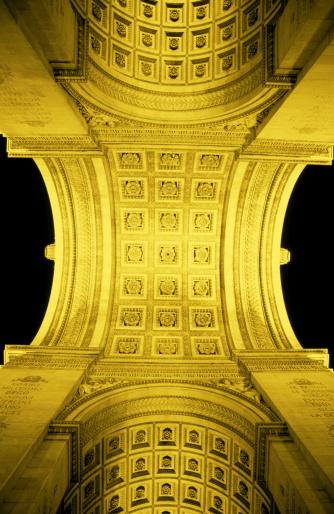 Arc de Triomphe - Paris「Arc de Triomphe at night - Paris, France」:スマホ壁紙(10)