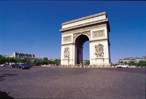 Arc de Triomphe - Paris「Arc de Triomphe in Paris, France」:スマホ壁紙(7)