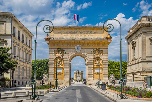 Languedoc-Rousillon「Arc de Triomphe Montpellier」:スマホ壁紙(11)