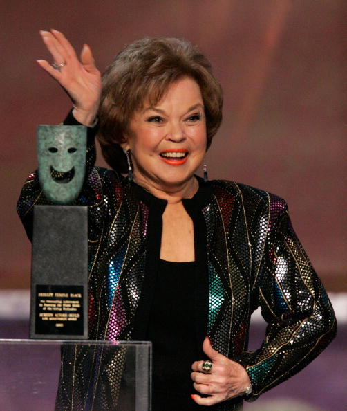 Shirley Temple「12th Annual Screen Actors Guild Awards - Show」:写真・画像(18)[壁紙.com]