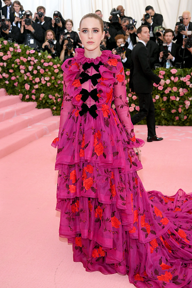 Hot Pink「The 2019 Met Gala Celebrating Camp: Notes on Fashion - Arrivals」:写真・画像(3)[壁紙.com]