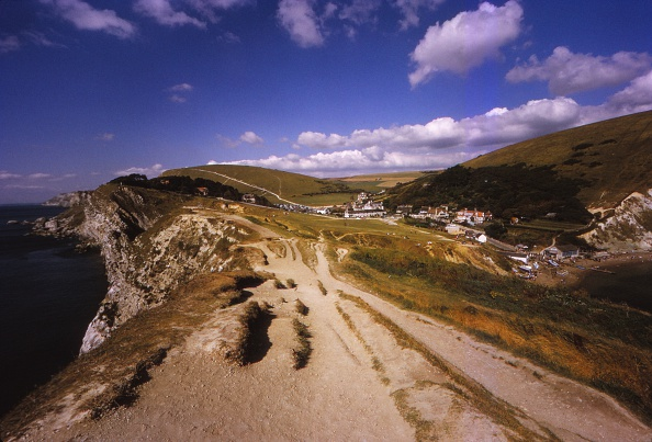 Overcast「Lulworth Cove Looking West To Dungy Head」:写真・画像(13)[壁紙.com]