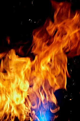 Growth「Close-Up Image of Blazing Fire」:スマホ壁紙(9)