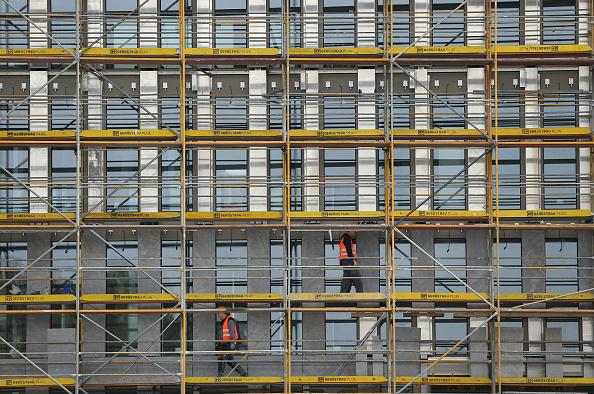 Scaffolding「Germany Lowers Economic Growth Forecast」:写真・画像(14)[壁紙.com]