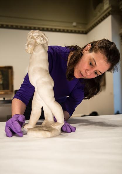 Ian Gavan「Eurostar Reunites Cezanne Treasures After Over 100 Years」:写真・画像(8)[壁紙.com]