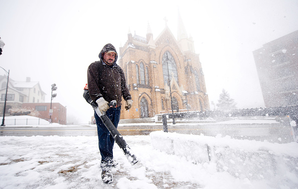 Snow「Early Winter Weather Could Snarl Holiday Travel」:写真・画像(14)[壁紙.com]