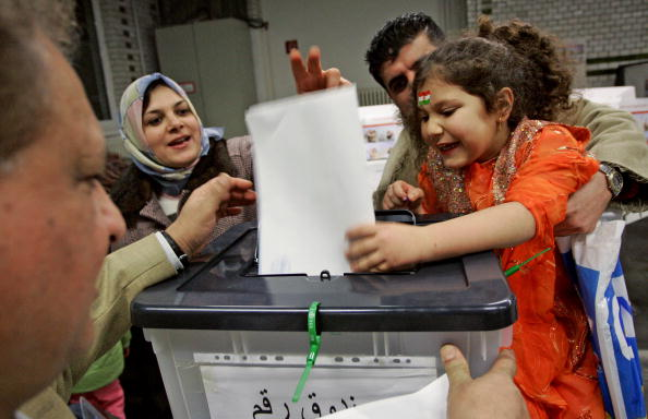 Maui「Iraqi Expats Vote In Germany」:写真・画像(9)[壁紙.com]