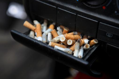 Cigarette「Ashtryay full of cigarette butts」:スマホ壁紙(9)