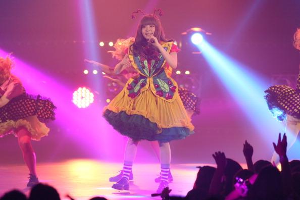 きゃりーぱみゅぱみゅ「MTV VMAJ 2013」:写真・画像(6)[壁紙.com]