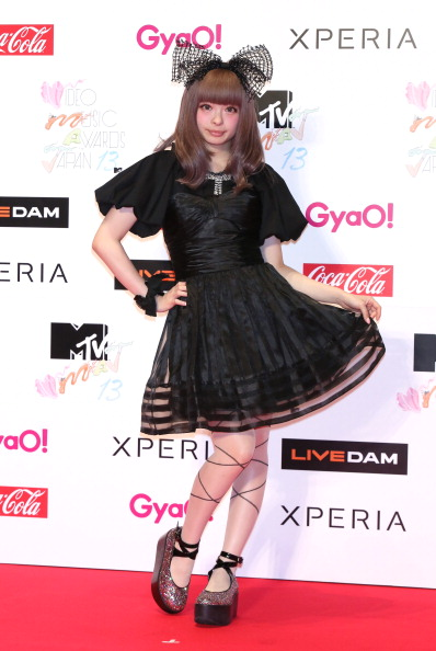 Baby Doll Dress「MTV VMAJ 2013」:写真・画像(19)[壁紙.com]
