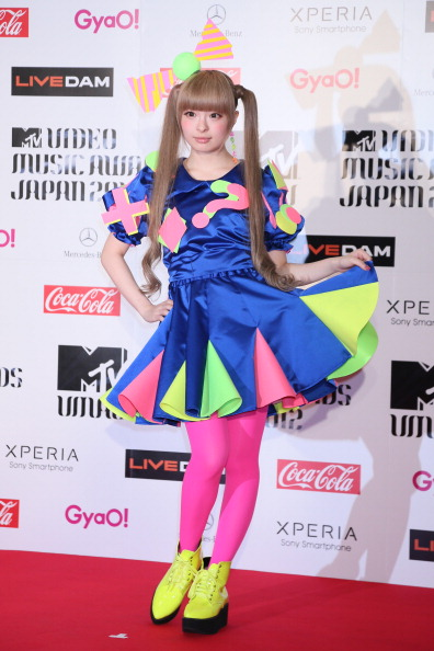 Kyary Pamyu Pamyu「MTV Video Music Japan 2012 - Red Carpet」:写真・画像(10)[壁紙.com]