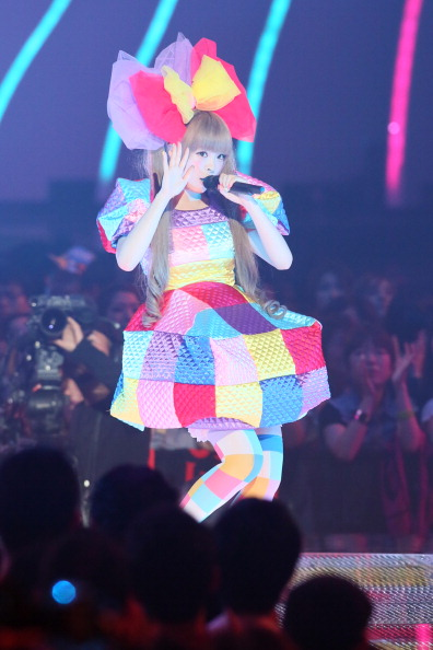 Kyary Pamyu Pamyu「MTV Video Music Japan 2012 - Show」:写真・画像(6)[壁紙.com]