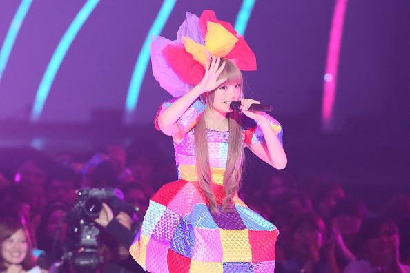きゃりーぱみゅぱみゅ「MTV Video Music Japan 2012 - Show」:写真・画像(6)[壁紙.com]