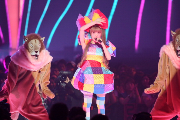 Kyary Pamyu Pamyu「MTV Video Music Japan 2012 - Show」:写真・画像(7)[壁紙.com]