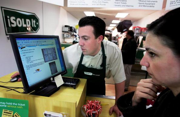 Selling「Retail Meets E-Commerce At Brick-And-Mortar eBay Store」:写真・画像(10)[壁紙.com]