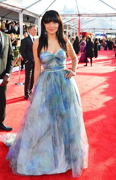 Layered Dress「19th Annual Screen Actors Guild Awards - Red Carpet」:写真・画像(11)[壁紙.com]
