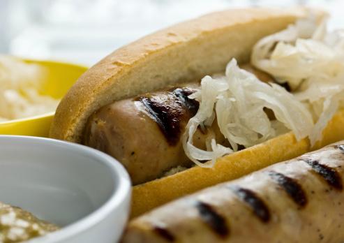 Char-Grilled「German bratwurst sausage hot dog」:スマホ壁紙(17)