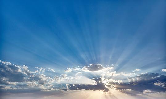 Back Lit「Sunset behind Clouds」:スマホ壁紙(16)