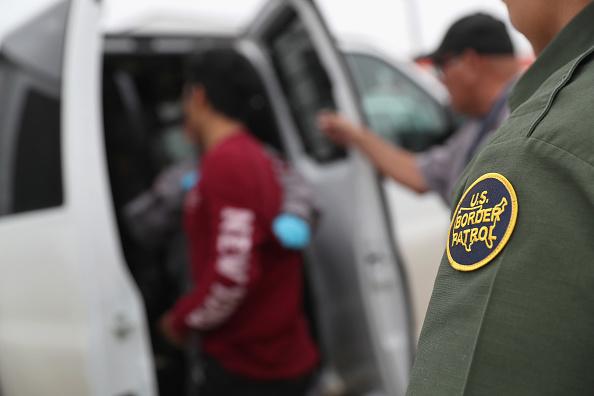 Cultures「Customs And Border Protection Patrols U.S. Border As Illegal Crossings Plummet」:写真・画像(10)[壁紙.com]