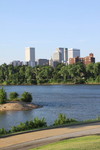 Arkansas River「Downtown Tulsa from the West Bank」:スマホ壁紙(7)