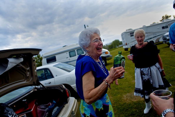友情「Polka Rythmns Ring Out At Wisconsin State Polka Festival」:写真・画像(18)[壁紙.com]