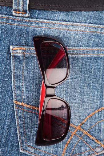 Belt「Sunglasses in a denim jeans pocket」:スマホ壁紙(18)