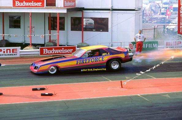 Finance and Economy「1994 Dragster racing at Santa Pod」:写真・画像(1)[壁紙.com]