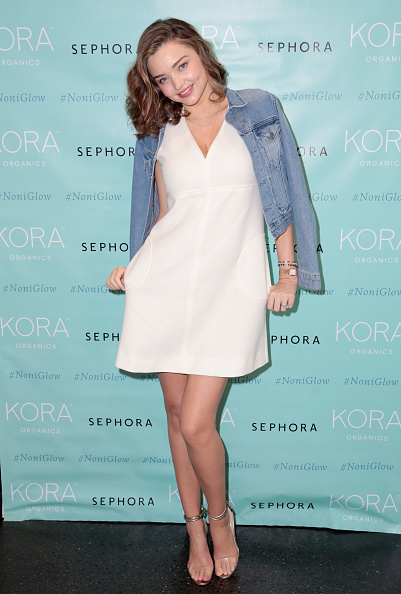 ミランダ・カー「KORA Organics Personal Appearance with Miranda Kerr at Sephora in Santa Monica」:写真・画像(2)[壁紙.com]