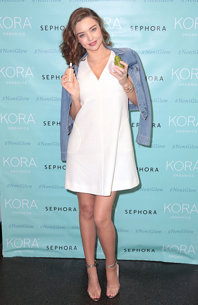 ミランダ・カー「KORA Organics Personal Appearance with Miranda Kerr at Sephora in Santa Monica」:写真・画像(19)[壁紙.com]