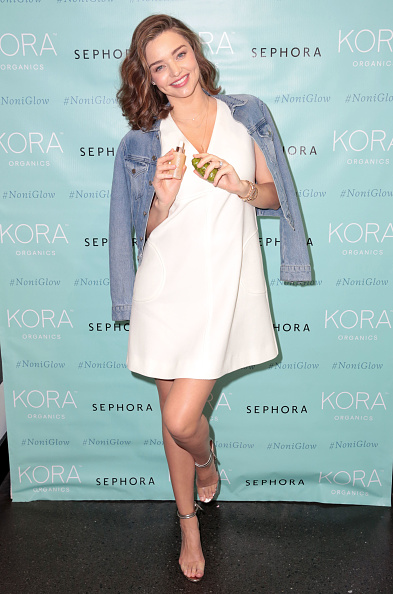 ミランダ・カー「KORA Organics Personal Appearance with Miranda Kerr at Sephora in Santa Monica」:写真・画像(13)[壁紙.com]