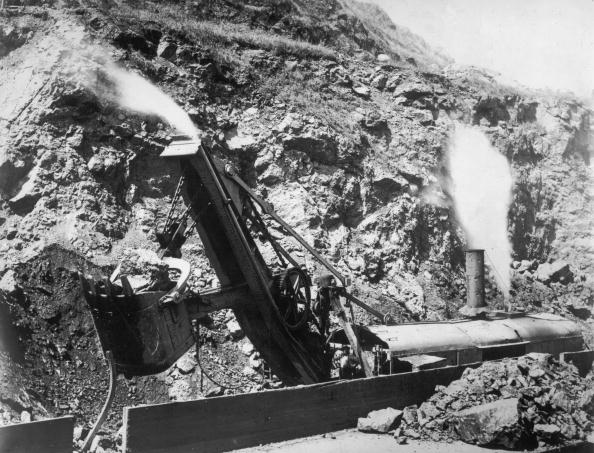 Construction Industry「A Steam Shovel」:写真・画像(9)[壁紙.com]