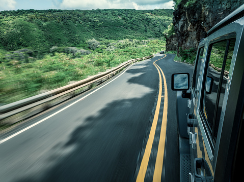 冒険「4x4 vehicle driving along a road, Maui, Hawaii, America, USA」:スマホ壁紙(10)