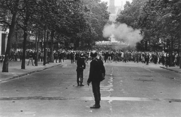 パリ「Paris Riots」:写真・画像(14)[壁紙.com]