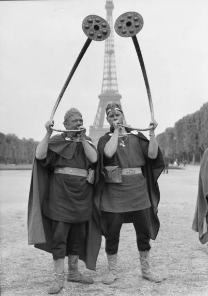 French Horns:ニュース(壁紙.com)
