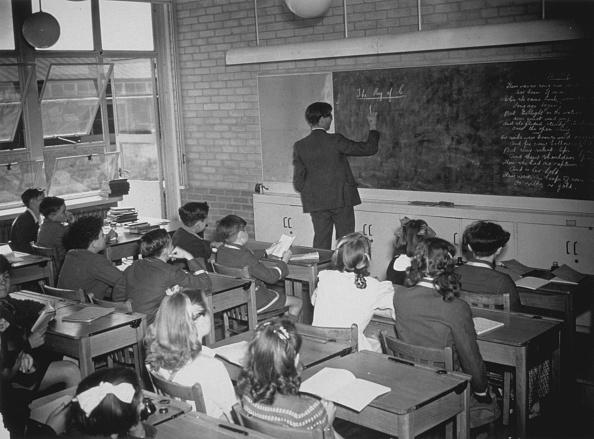 Writing「School Lesson」:写真・画像(6)[壁紙.com]
