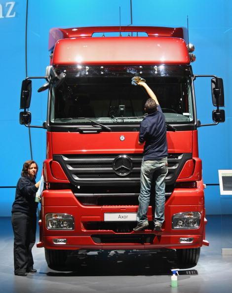 ダイムラーAG「IAA Commercial Vehicles Trade Fair」:写真・画像(19)[壁紙.com]
