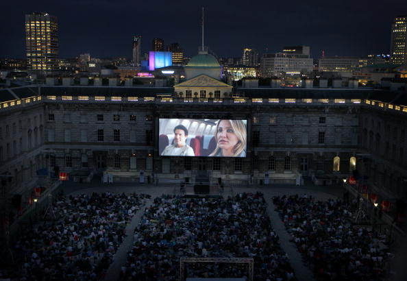 映画のスクリーニング「Somerset House Launches It's Film4 Summer Screen」:写真・画像(0)[壁紙.com]