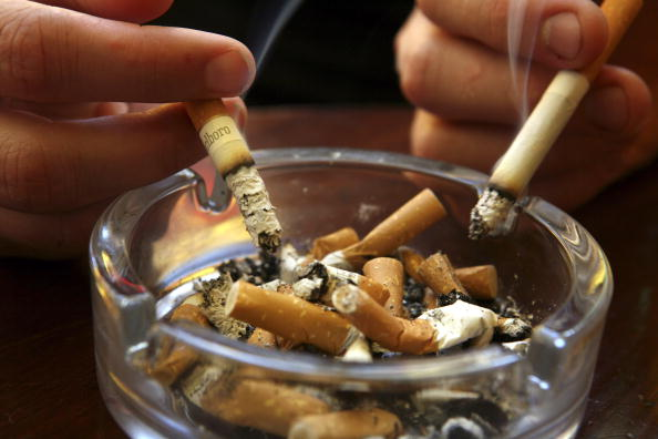 Smoking - Activity「Smoking Ban Comes Into Effect In England」:写真・画像(3)[壁紙.com]