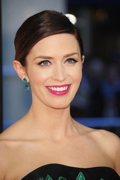 "Eyeliner「""The Five Year Engagement"" Premiere - Opening Night - 2012 Tribeca Film Festival」:写真・画像(19)[壁紙.com]"