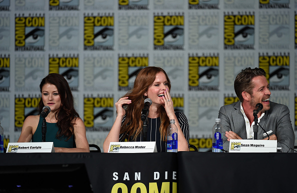 "Emilie De Ravin「Comic-Con International 2015 - ""Once Upon A Time"" Panel」:写真・画像(15)[壁紙.com]"