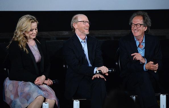 "Eamonn M「National Geographic's Premiere Screening Of ""Genius"" In London - Screening」:写真・画像(2)[壁紙.com]"