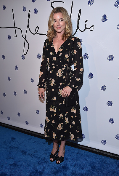 Emily VanCamp「Tyler Ellis Celebrates 5th Anniversary And Launch Of Tyler Ellis x Petra Flannery Collection - Arrivals」:写真・画像(9)[壁紙.com]